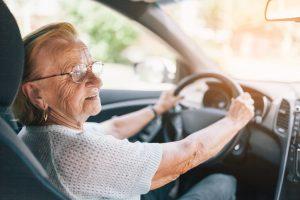 Compra de Veículo: como escolher o carro ideal com conforto adequado para a terceira idade? (Foto: internet)