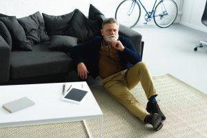 Veja como profissionais acima de 50 anos estão se adaptando ao mundo moderno (Foto: Depositphotos_186816908_s-2019)