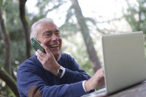 5 habilidades que os idosos podem aprender online (Foto de Andrea Piacquadio no Pexels)