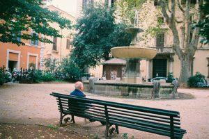 Lar de idosos: conheça os benefícios deste estilo de vida (Foto de Olya Kobruseva no Pexels)